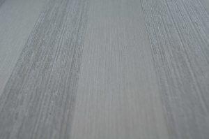 Textiltapete Streifen aus Kettfäden