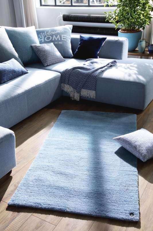 Bild Teppichtrends 2019 Tom Tailor Teppich Powder blau