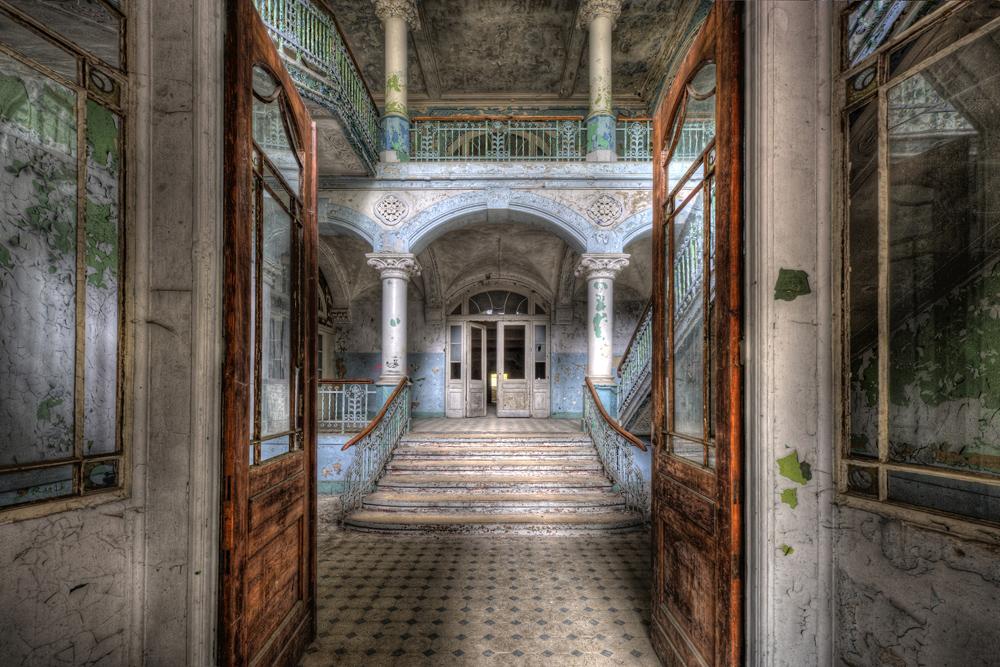 AP XXL2 - Vintage Villa Entr. - 150g Vlies (4 x 2.67 m)